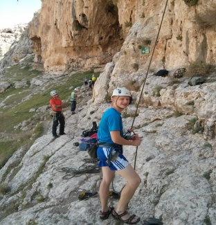 Picture of a climber in Ein Fara